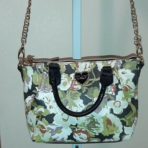 BETSY JOHNSON GREEN FLORAL CROSSBODY BAG